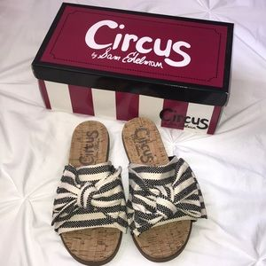Circus by Sam Edelman Slides